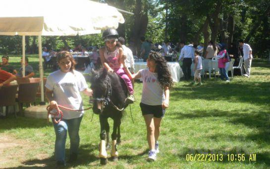 Atlıtur Pony Kids Club'tan Çocuklara Yönelik Doğada At Binme Etkinliği