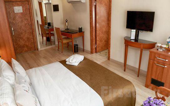 Tuzla Garden Hotel & Suites'de 2 Kişilik Konaklama ve Kahvaltı Seçenekleri
