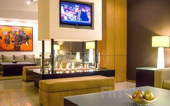 Muhteşem Deniz Manzaralı New Sed Hotel Beyoğlu'nda İki Kişilik Konaklama Seçenekleri