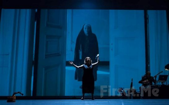 Gerçek İle Kurgunun İç İçe Geçtiği 'Yüz Yılın Evi' Tiyatro Oyunu Bileti