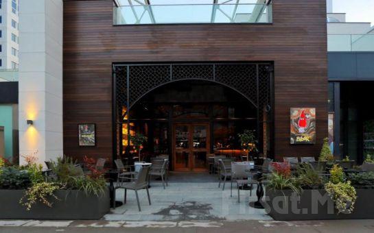 Ataşehir Cousin Restaurant'ta Erdem Özgen Sahnesi ile Leziz Fix Menü