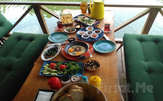 Ağva Kendine Has Cafe & Bistro'da Nehir Kenarında Serpme Kahvaltı Keyfi