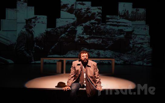 Reha Özcan'ın Muhteşem Oyunculuğuyla 'Bir Garip Orhan Veli' Tiyatro Oyunu Bileti