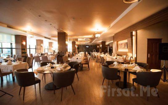 Grand Karaman Otel'de Kahvaltı Dahil 2 Kişilik Konaklama
