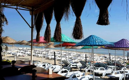 Denize Sıfır Kumburgaz Blue World Hotel'de Özel Plaj ve Havuz Kullanımı, Hamburger