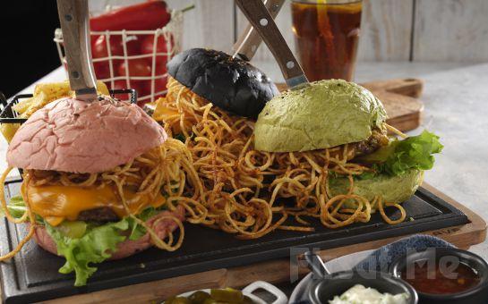 İcone Cafe Esenyurt'un Şık Sunumuyla İçecek Dahil Leziz Yemek ve Tatlı Menüleri
