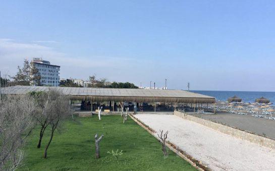 Milyon Beach Mersin'de Tüm Gün Plaj Girişi, Yemek Menüleri ve Kamp Seçenekleri