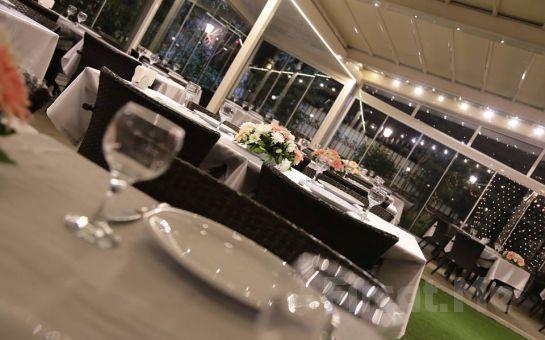 Tarihi Kadıköy Nabizade Konağı'nda Kumkapı eğlencesi Eşliğinde Akşam Yemeği Keyfi!