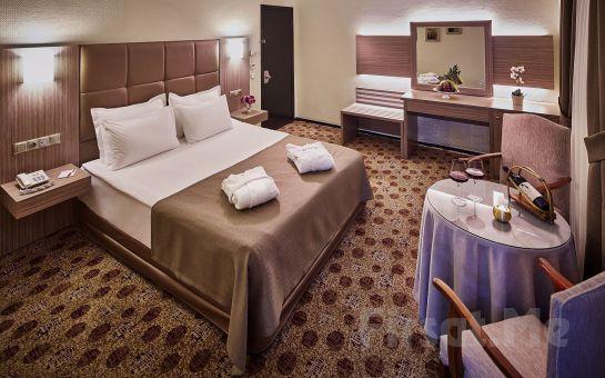 Merter Güneş Hotel'de 2 Kişi 1 Gece Kahvaltı Dahil Konaklama Seçenekleri