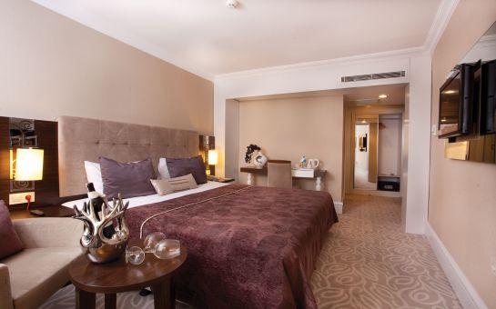Taksim City Center Hotel'de Standart Odada 2 Kişilik Konaklama, Kahvaltı ve Spa Kullanımı