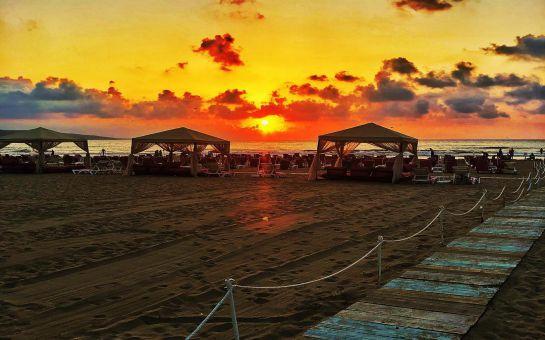 Şile Ayazma Plajı'nın İncisi Fusha Beach'te Tüm Gün Plaj Keyfi