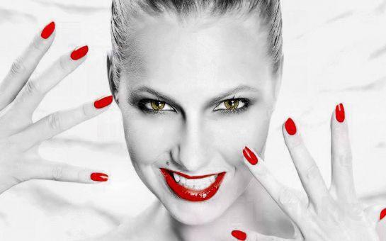 Güzelliğinizin Adresi Şişli İmage Güzellik Salonu'nda, Tek Kullanımlık Ürünlerle MANİKÜR + PEDİKÜR Uygulaması!