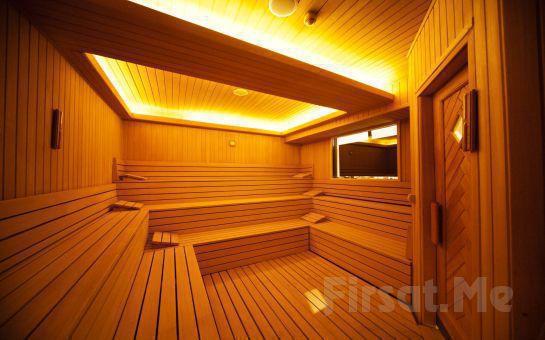 Yeşilköy Lady Sauna Spa'da Masaj, Kese, Köpük Keyfi, Tüm Gün Hamam, Sauna, Şok Havuz Kullanım Fırsatı