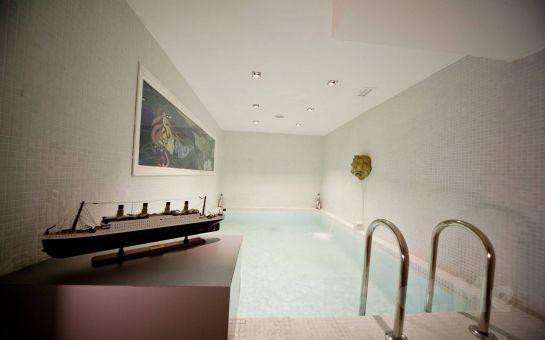 Yeşilköy Lady Sauna Spa'da Masaj + Kese, Köpük Keyfi + Tüm Gün Hamam + Sauna + Şok Havuz Kullanım Fırsatı!