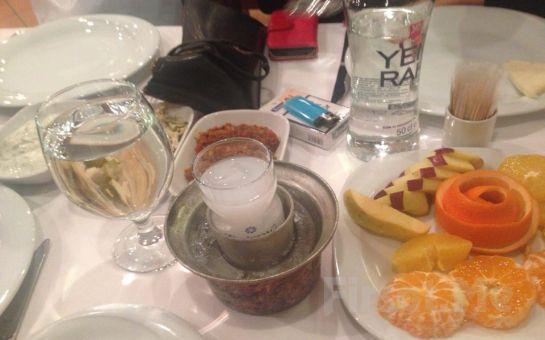 Şişli Dolphin Restaurant'ta Canlı Fasıl ve Oryantal Show Eşliğinde Muhteşem Akşam Yemeği!