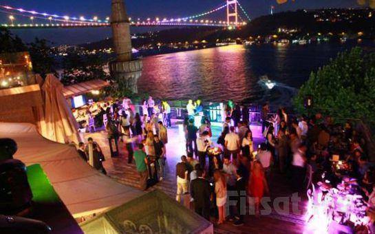 Rumeli Hisarı Seyir Terrace Restaurant'ta Muhteşem Boğaz Manzarası Eşliğinde Canlı Müzik ve İçki Dahil Akşam Yemeği!