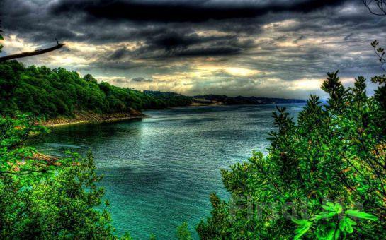 Paytur Turizm'den, Balık Menü veya Barbekü İkramıyla Günübirlik Göller ve Şelaleler Turu (Her Pazar Hareketli)
