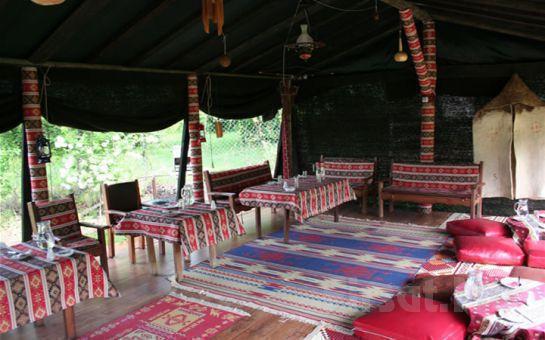 Sapanca Atlı Köşk'te Muhteşem Manzara Eşliğinde Kiremitte Alabalık ya da Kaşarlı Köfte Menü