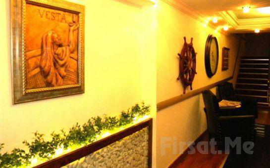 İzmir Alsancak Vesta Liman Hotel'de Kahvaltı Dahil Standart Odalarda 2 Kişi 1 Gece Konaklama Fırsatı!
