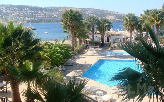 Gündoğan'da Denize Sıfır Bodrum İstanbul Palace Otel'de Her Şey Dahil Tatil Fırsatı