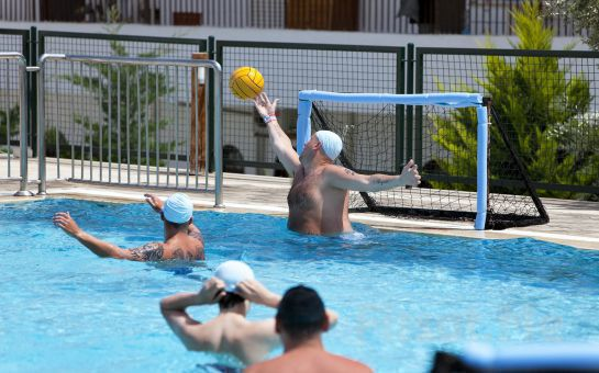 Denize Sıfır, 5*'lı Bodrum Gümbet Royal Asarlık Beach Hotel & Spa'da Ultra Her Şey Dahil Tatil Fırsatı!