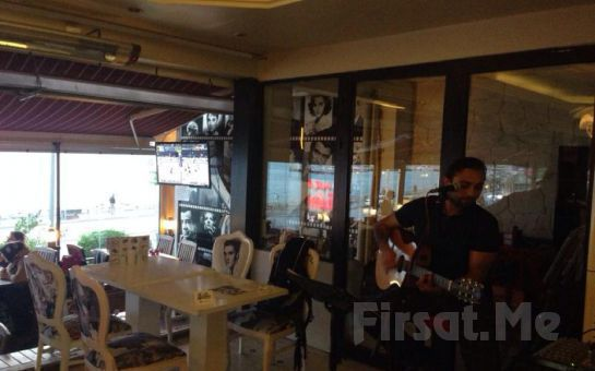 Kızkulesi Manzarasıyla Cafe 5. Cadede'de Nargile Keyfi + Meyve + Çerez + Çay Fırsatı!