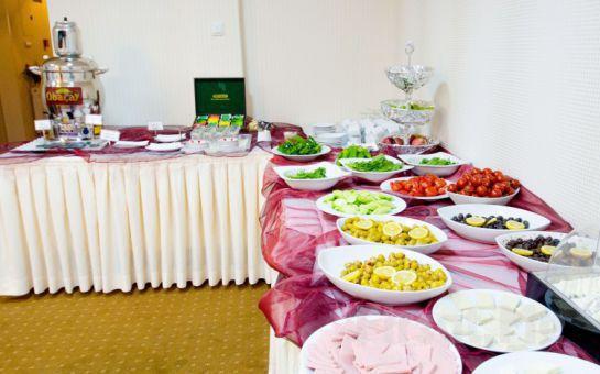 Ankara Anıttepe 2000 Otel'de Konsept Odalarda 2 kişi 1 Gece Konaklama + Açık Büfe Kahvaltı Fırsatı!
