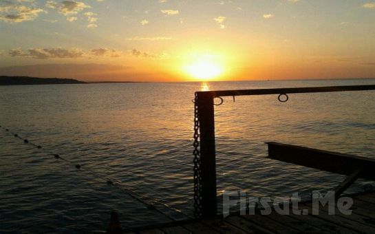 Kilyos Solar Beach'te Leziz Tatlar Eşliğinde Denize Sıfır Meyhane Keyfi