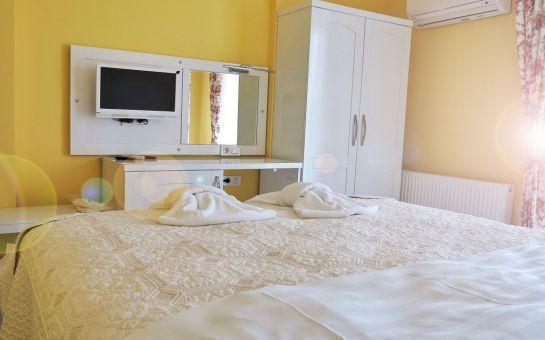 Sessiz ve Huzurlu Bir Tatil Ağva Günışığı Otel'de 2 Kişi 1 Gece Konaklama, Kahvaltı, 5 Çayı Fırsatı