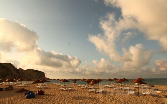 Ağva'nın Tertemiz Kumsalı Mad Sea Beach'de, Plaj Girişi, Şezlong, Şemsiye Fırsatı