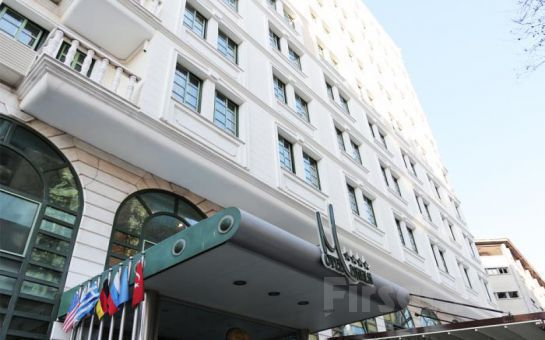 Körfez Manzaralı Otel Marla İzmir'de 2 Kişi 1 Gece Konaklama + Açık Büfe Kahvaltı Keyfi!