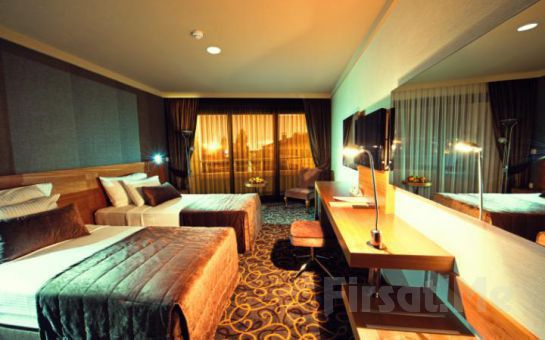 İzmir Alsancak Volley Hotel'de 2 Kişi 1 Gece Konaklama, Açık Büfe Kahvaltı Fırsatı