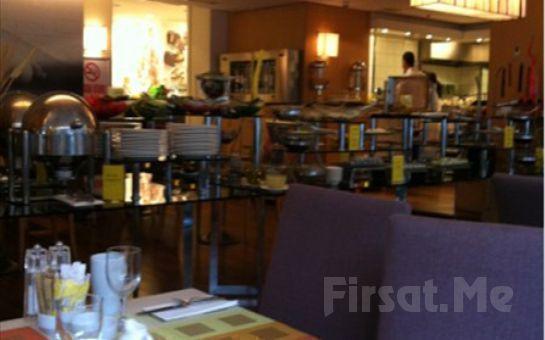 Divan İstanbul City Gayrettepe Hotel'de 2 Kişi 1 Gece Konaklama veya Açık Büfe Kahvaltı, Spa Keyfi