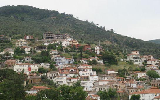 Paytur'dan Kurban Bayramı'nda 4 Gün 3 Gece Yarım Pansiyon Konaklamalı Ayvalık + Assos (Behramkaleköyü) + Bergama + Bozcaada + Foça Turu!
