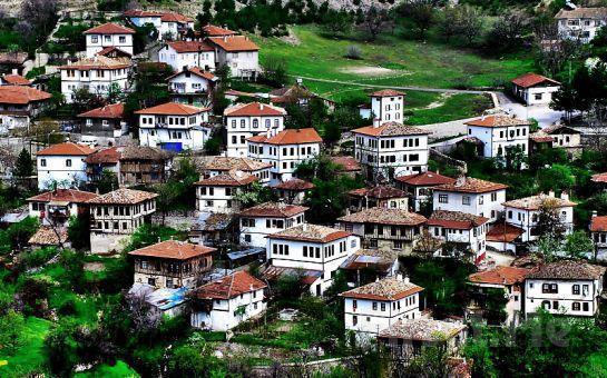Paytur'dan Kurban Bayramı'na Özel 2 Gece 3 Gün Yarım Pansiyon Konaklamalı Safranbolu + Çakraz + Amasra + Yedigöller Turu!