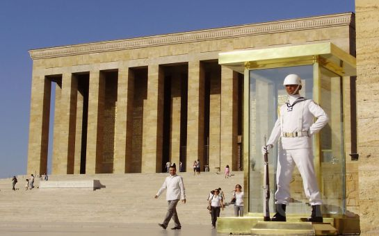 29 Ekim'de Anıtkabir'e Ulu Önder Atatürk'ü Ziyarete Gidiyoruz! Mika Tur'dan Günübirlik ANKARA TURU!