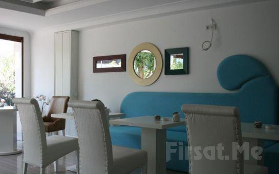 Ada Otellerinin Göz Bebeği, Büyükada Kumsal Butik Otel'de 2 Kişi 1 Gece Konaklama + Kahvaltı Keyfi!