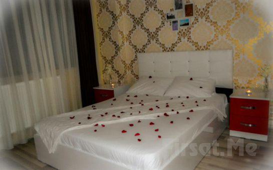 Büyükada Mini Prens Butik Otel'de Açık Büfe Kahvaltı Dahil 2 Kişi 1 Gece Konaklama Ayrıcalığı