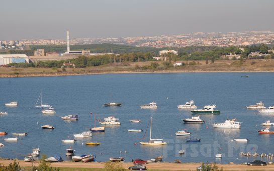 Marmara Denizi Manzarası Eşliğinde Bayramoğlu Paradise island Otel'de Açık büfe Kahvaltı Keyfi!