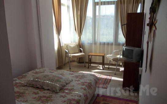 Yemyeşil Bahçe İçinde Ağva Marina Motel'de 2 Kişi 1 Gece Konaklama + Kahvaltı + 5 Çayı Fırsatı!