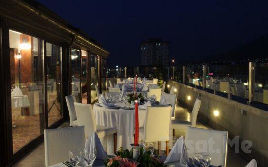 Bursa Burçman Hotel'de 2 Kişi 1 Gece Konaklama ve Kahvaltı Fırsatı