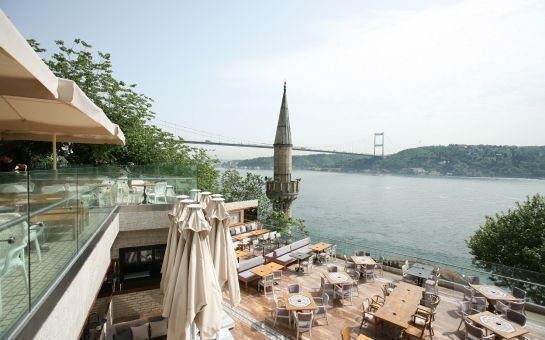 Rumeli Hisarı Seyir Terrace Restaurant'ta Muhteşem Boğaz Manzarası Eşliğinde Canlı Müzik ve Sınırsız İçki Dahil Akşam Yemeği Keyfi