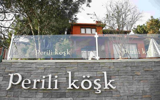 Heybeliada Perili Köşk'de Cevat Sedef ve Eskici Bandosu Eşliğinde Muhteşem Yılbaşı Partisi ve Konaklama Fırsatı! (Sınırsız İçki Dahil)