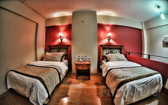 Tarih Kokan İzmir Otel Antikhan'nın Standart Odalarında kahvaltı Dahil 2 Kişi 1 Gece Konaklama Ayrıcalığı