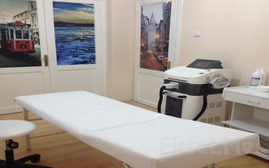 Aknesiz, Lekesiz, Daha Genç ve Canlı Bir cilt İçin Beşiktaş Medical Clinic İstanbul'dan Lazerle Karbon Peeling Uygulaması