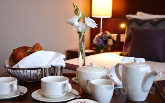 Crowne Plaza Oryapark Otel'de Çift Kişilik Sevgililer Gününe Özel Akşam Yemeği, Konaklama ve SPA Kullanım Fırsatı