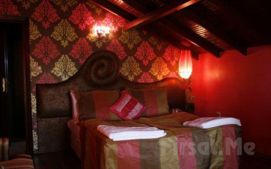 Ağva Villa Pine Garden Otel'de 2 Kişi 1 Gece Jakuzili veya Şömineli ve Jakuzili Odalarda Konaklama + Kahvaltı Fırsatı!