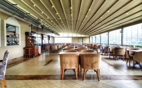 Merter Şelale Cafe'de Her Pazar Açık Büfe Kahvaltı Keyfi!
