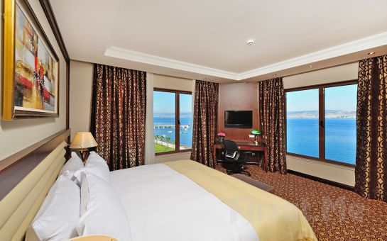 Tur Dünyası'ndan 1 Gece 2 Gün Yarım Pansiyon Konaklamalı Kerpe Deniz ve Maşukiye, Sapanca Doğa Turu, 5 * Wellborn Luxury Hotel Seçeneği ile
