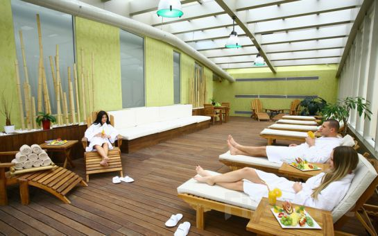5 Yıldızlı Holiday Inn İstanbul Airport Mandala Spa'da Bayanlar İçin Sınırsız Tesis Üyelik Fırsatı
